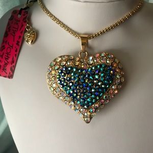 4 Valentines!! Betsey Johnson Heart Necklace NWT